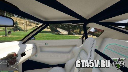 GTA 5 Мод Nissan GTR - 2 скриншот интерьер правое окно